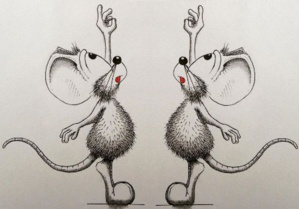 Deux souris curieuses
